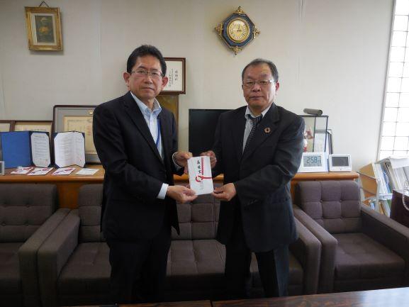 写真(右) 松江保健生活協同組合 祖田専務理事様